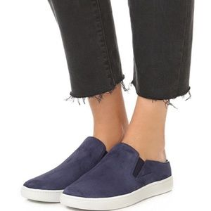VINCE Slip on shoes